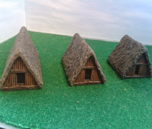 RD8 Dark Age Dwellings, A- Frame - Pack of 3
