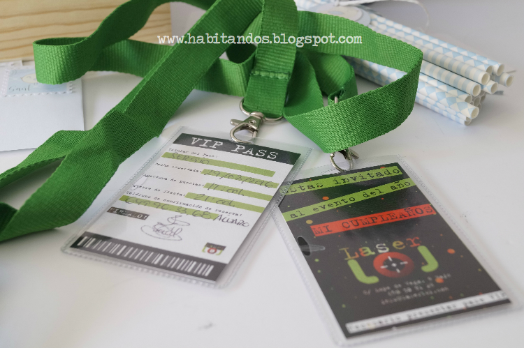 Decoración handmade personalizada para fiestas y eventos by Habitan2 / Invitación personalizada para cumpleaños