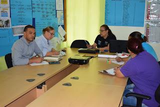 La directora del Servicio Regional de Salud Enriquillo socializa acciones contra Dengue