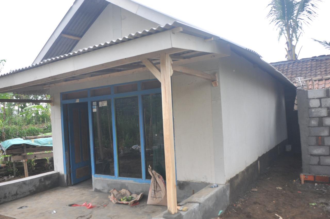 Rumah Sehat Dambaan Keluarga Dengan TMMD 106 Kodim 0818 Malang Batu