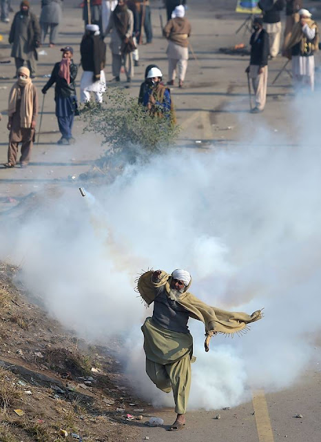 190 injured amid Faizabad operation