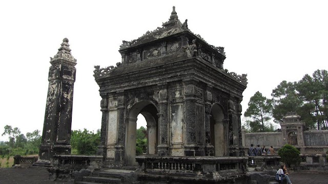 Dong Khanh Tomb - A destination in Hue City