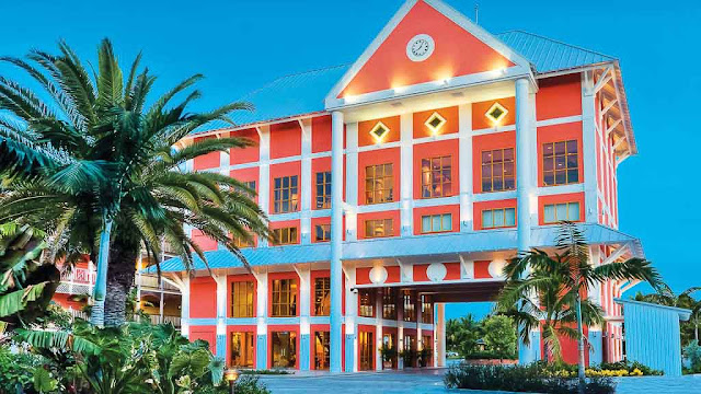 Located in the heart of a tropical paradise, Pelican Bay Hotel welcomes you to enjoy a one-of-a-kind escape. This hotel on Grand Bahama Island offers modern comfort and convenience with a uniquely happy and laid-back vibe.