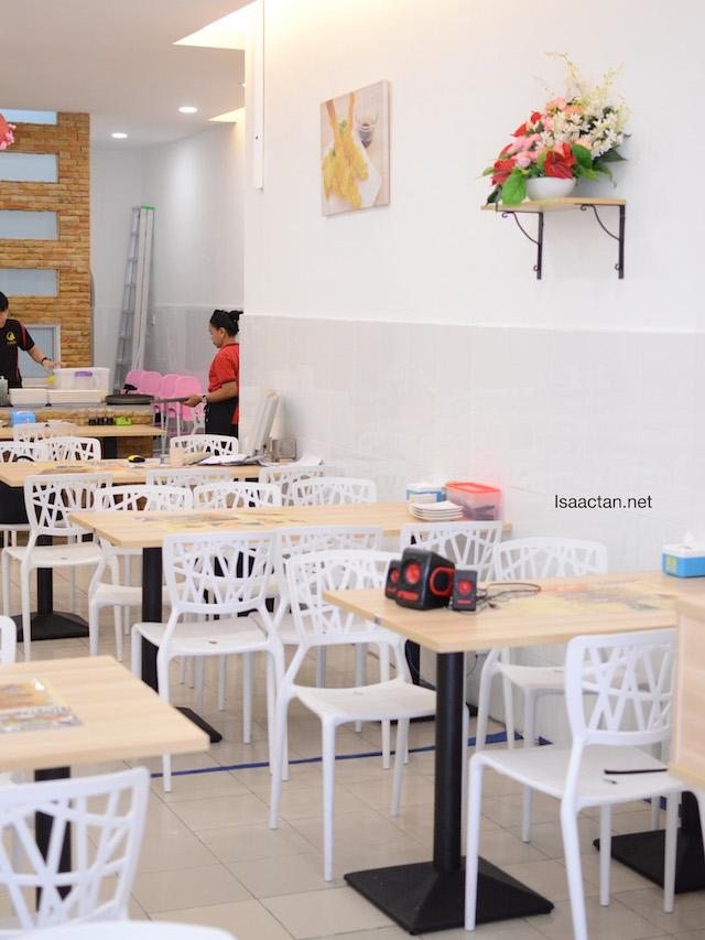 Clean, brightly lit interior and decor of Fukusu Sushi Kota Damansara
