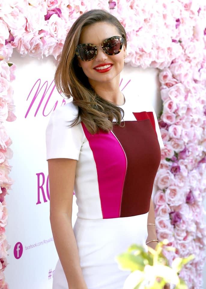 Miranda Kerr Looks Cute in Casual Outfit