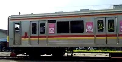 KRL Commuterline Bekasi Pasar Senen
