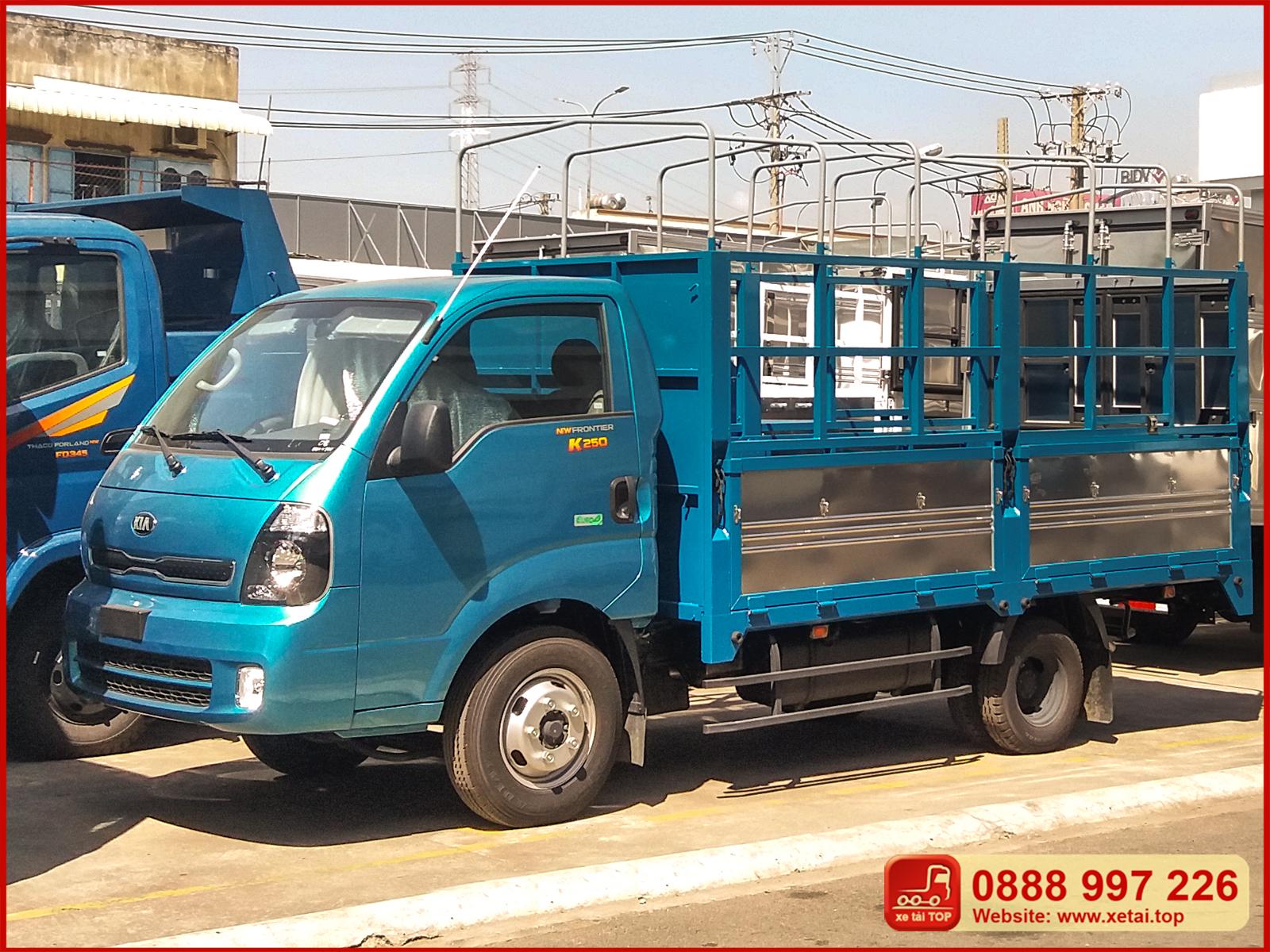 xe-tải-kia-thaco-k250-thùng-bạt-tải-trọng-2t4