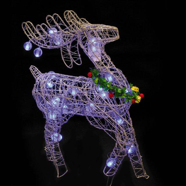 Aprende c mo hacer de forma casera figuras navide as de alambre cositasconmesh - Figuras navidenas para decorar ...