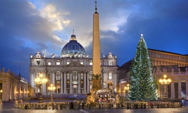 albero-di-natale-piazza-san-pietro-mercatini-di-natale-roma-poracci-in-viaggio
