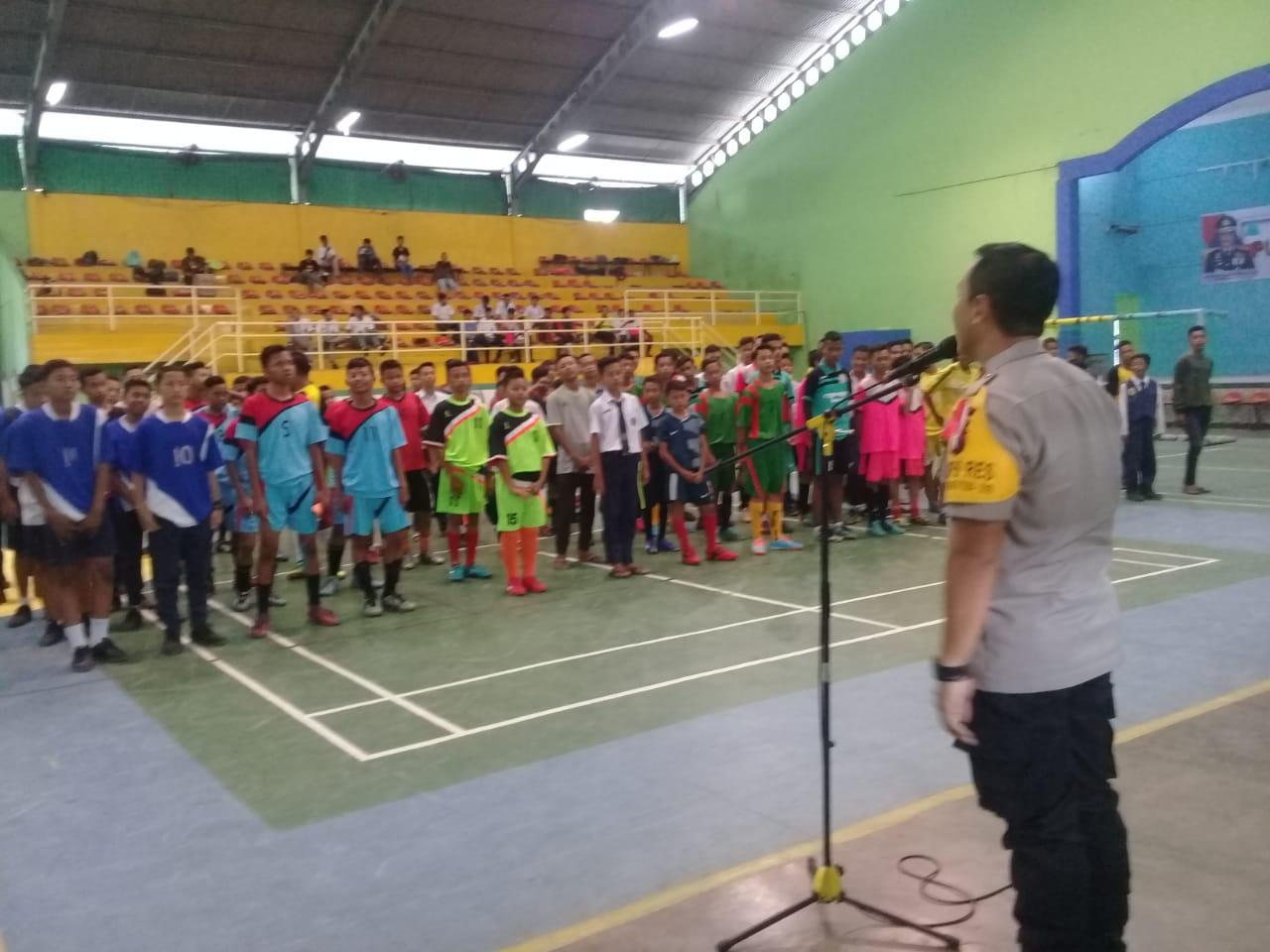 Pembukaan ditandai dengan tendangan pertama oleh Kapolres Binjai AKBP Nugroho Tri Nuryanto