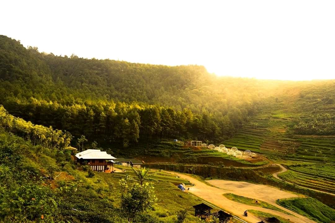Glamping Lembah Indah Ngajum Malang, Indah Instagramable