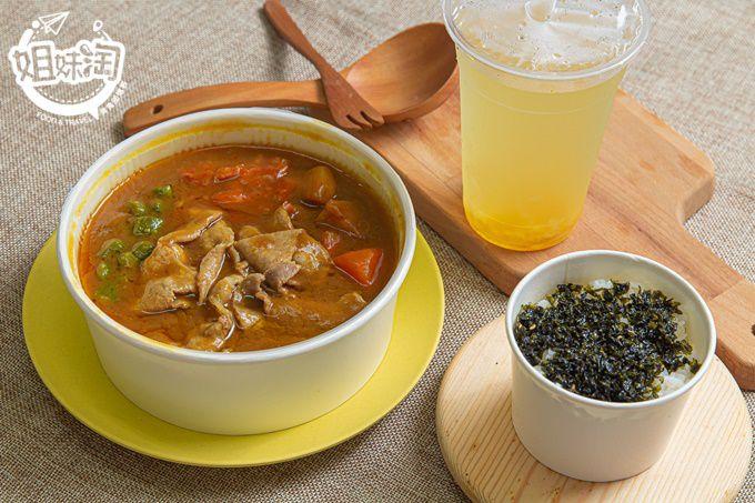 韓食亭-三民區低調韓式小吃,主打韓式咖哩飯及拌飯,飯後還能喝到有果粒的柚子茶!