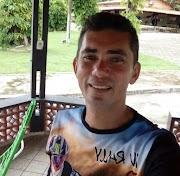 Hoje é o dia de Raimundo Tavares! O vereador de Lago do Junco faz aniversário nesta quinta-feira
