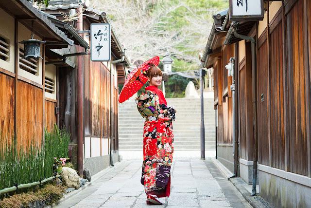 #KimOhNo, Gerakan Sosial Warga Jepang Melawan Kim Kardashian West Demi Menyelamatkan Kimono