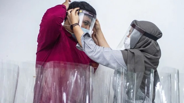 Banyak yang Beralih Pakai Face Shield Dibanding Masker, Ini Kata Ahli