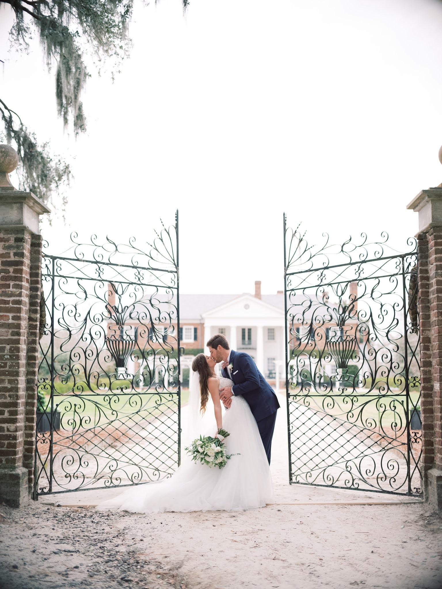 Boone Hall Plantation Charleston Wedding - Chasing Cinderella
