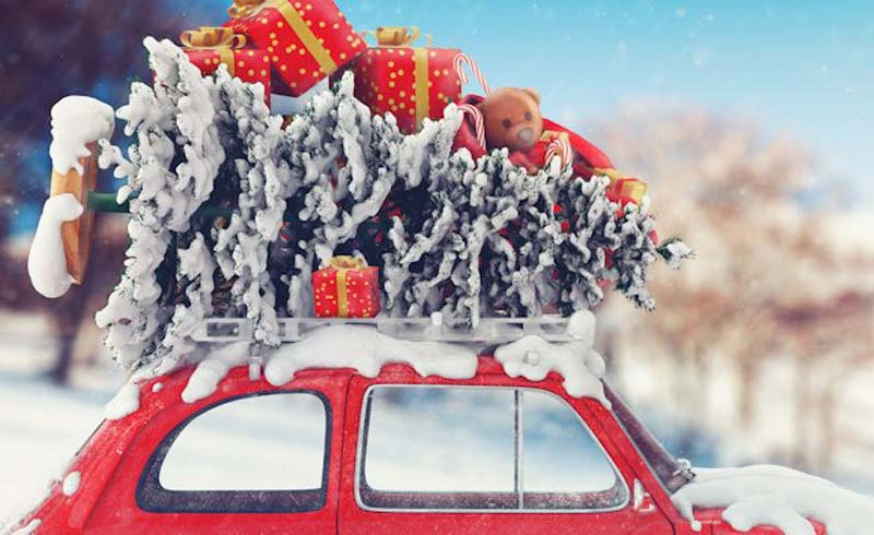 holiday travel tips, holiday travel hacks, christmas travel tips, flying christmas, road trip christmas