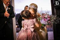 casamento realizado na igreja santa teresinha do menino jesus na ramiro barcello em porto alegre com decoração luxuosa e passarela de espelhos e recepção no salão social salão principal do clube caixeiros viajantes em porto alegre com decoração luxuosa em rose gold ouro rose sofisticada elegante linda em tons de rosa e marfim por fernanda dutra eventos cerimonialista em porto alegre cerimonialista em portugal