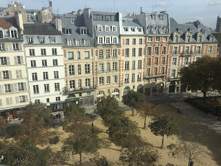 Place DAUPHINE Paris France