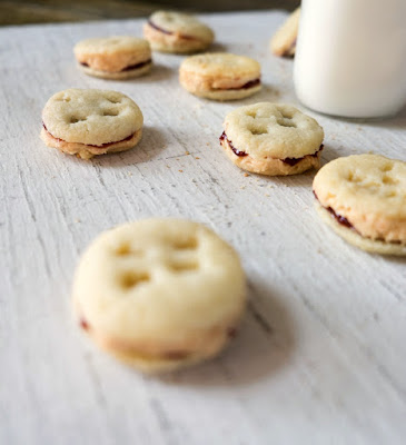 Peanut Butter and Jelly Oreos