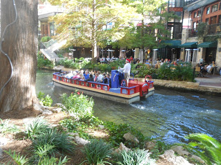 san antonio riverwalk boat tours