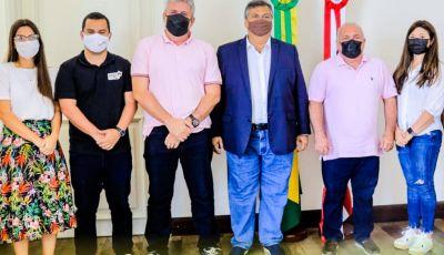 Prefeito Kedson Lima em visita ao Governador Flávio Dino garante recursos para Aldeias Altas