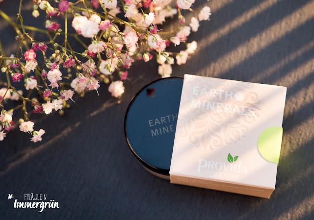 Satin Matte Foundation und Color Balancing Powder von Earth Minerals