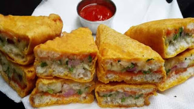 Paneer Stuffed Bread Pakoda Recipe