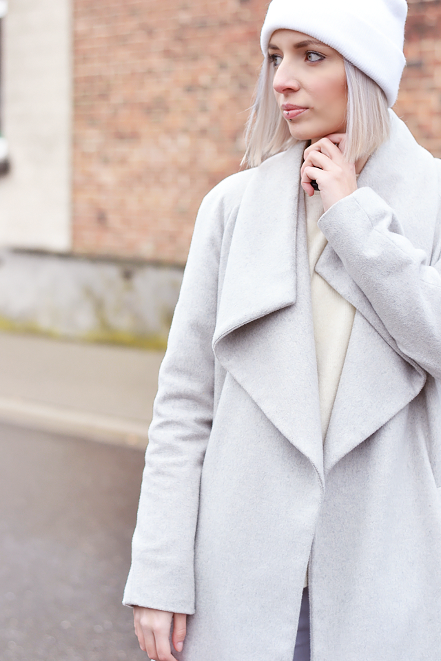 Outfit post, grey coat, belgian blogger, belgische blogger