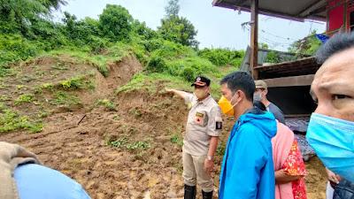 Banjir-Longsor Wajo, Amran Mahmud Kumpulkan Perangkat Daerah Minta Segera Lakukan Evakuasi dan Pembersihan