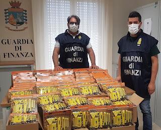 San Giuseppe Jato, finanzieri sequestrano oltre 10mila articoli d'ufficio non a norma