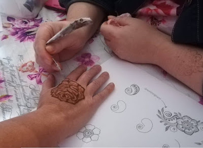 artista dell'hennè