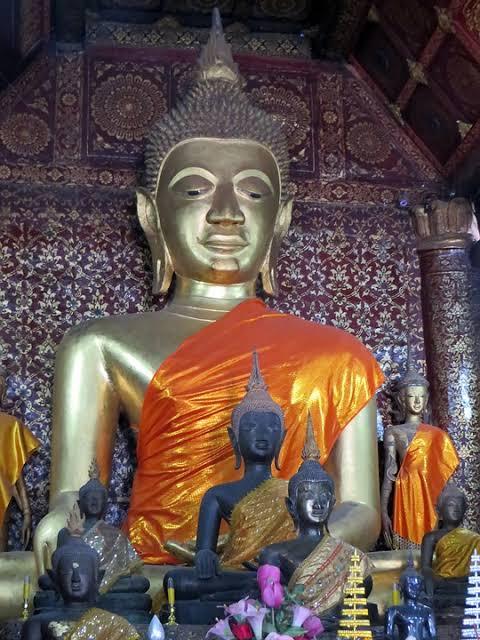 PLACE OF BUDDHA LUANG PRABANG