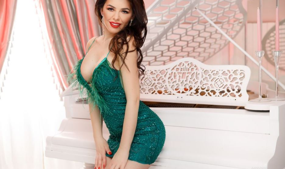 https://www.glamourcams.live/chat/SophieJenkins