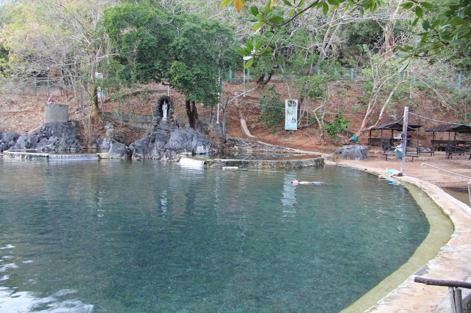 Recorriendo la isla de palawan media vuelta al mundo - Piscinas 7 islas ...