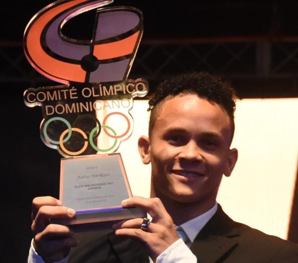 Nin Reyes, escogido 'Atleta del año'