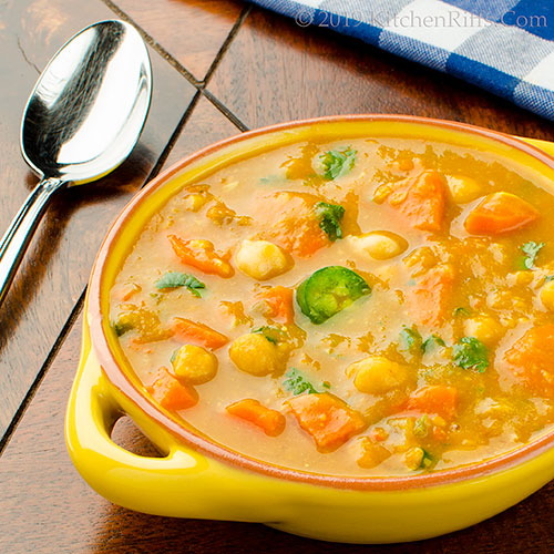 Curried Pumpkin and Carrot Soup
