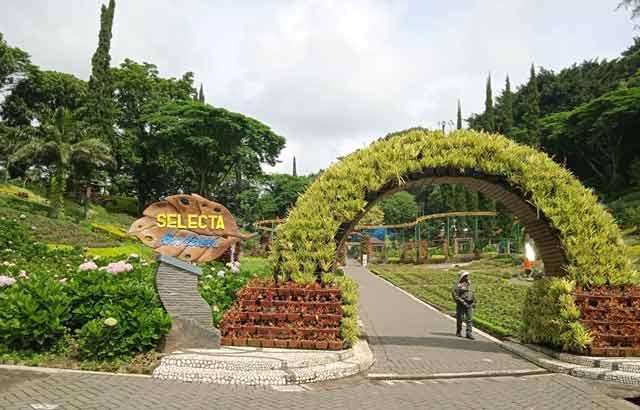 Tentang Taman Rekreasi Selecta Kota Batu
