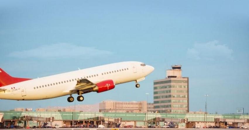 Perú suspende vuelos directos o con escala en el Reino Unido