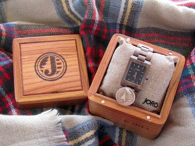Unique Wood Watch, Perfect Gift for a Loved One   beautywithlily.com