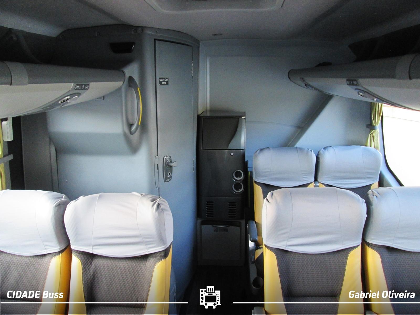 Ônibus com Frigobar
