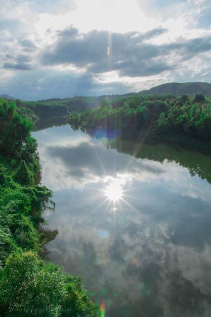 Dòng nước êm ả tại Khe Lạnh - Huế