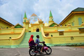 Istana Raja Melayu di Pulau Penyengat