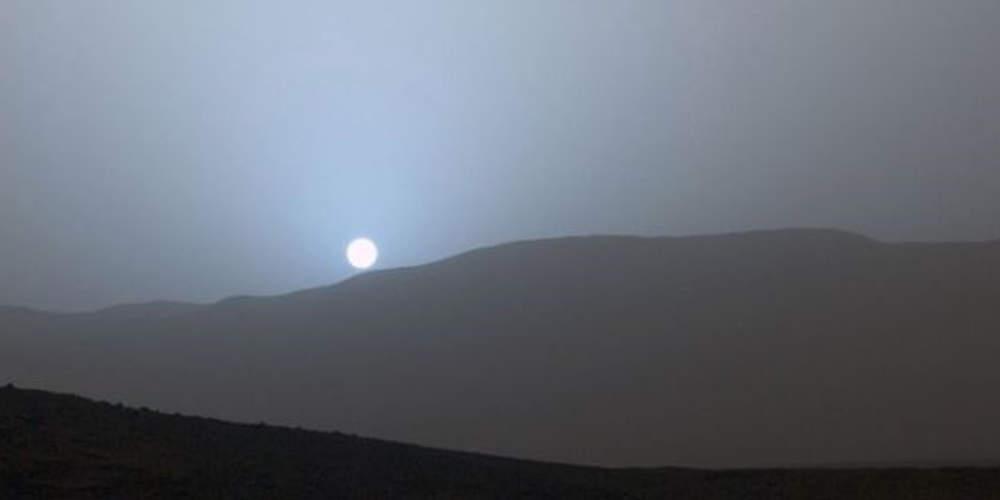 Ασύλληπτο θέαμα: Το μπλε ηλιοβασίλεμα από τον Άρη από το βίντεο της NASA - Κάνεις δεν ξέρει αν το έφτιαξαν με υπολογιστές!