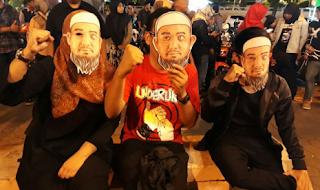 Aksi Pemuda Padang Menuntut Presiden Memberi Keadilan Kepada Novel Baswedan