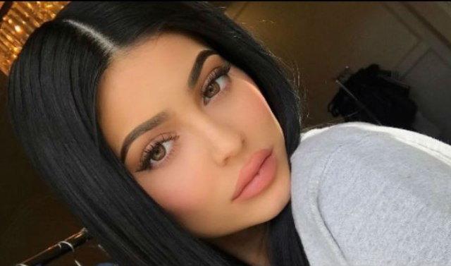 El sensual minivestido de Kylie Jenner que vale más de un millón de 'likes'
