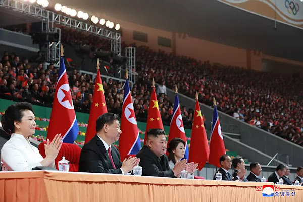 Kim Jong Un and Xi Jinping, May Day Stadium, June 20, 2019