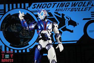 SH Figuarts Kamen Rider Vulcan Shooting Wolf 14
