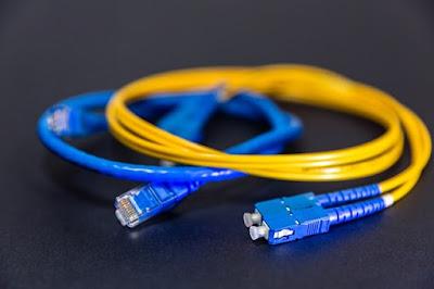 5 Advantages and Disadvantages of Fiber Optic Cable | Limitations & Benefits of Fiber Optic Cable