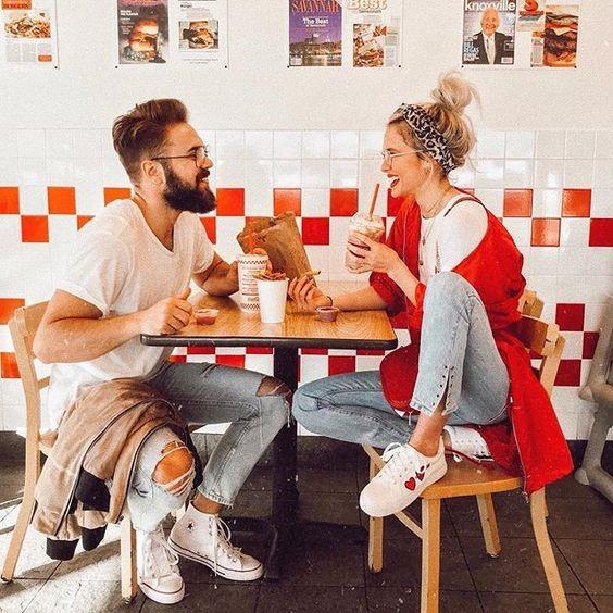 Makan Bersama Pasangan
